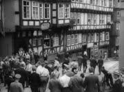 Menschen in der Altstadt