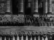 Soldaten der Reichswehr in Aufstellung ...
